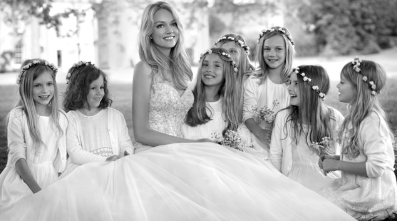 La Sposa, Pronovias, 2015 Bridal collection, Lindsay Ellingson, Perfect Wedding Magazine. 2015 Bridal Trends