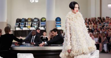 Chanel, Chanel Haute Couture, Chanel Haute Couture Fall Winter, Paris Fashion Week, Perfect Wedding Magazine, Perfect Wedding Magazine blog